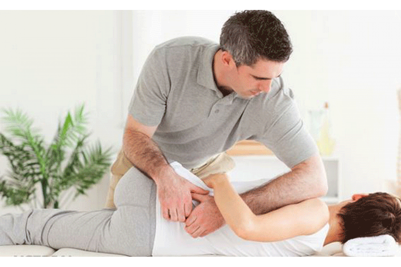 Triệu chứng thoát vị đĩa đệm cột sống thắt lưng và cột sống cổ