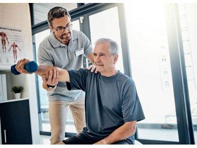 Chế độ dinh dưỡng cho người mắc bệnh thoái hóa cột sống lưng và cổ